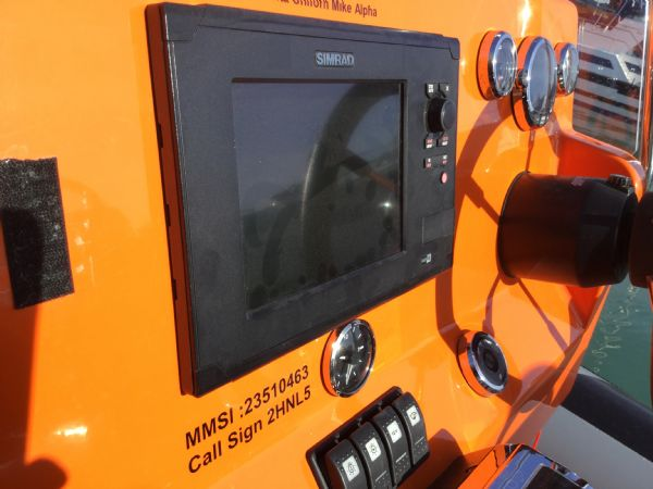 1486 - brokerage - shearwater cutter 6.8 rib with mercury 150 engine - simrad plotter_l