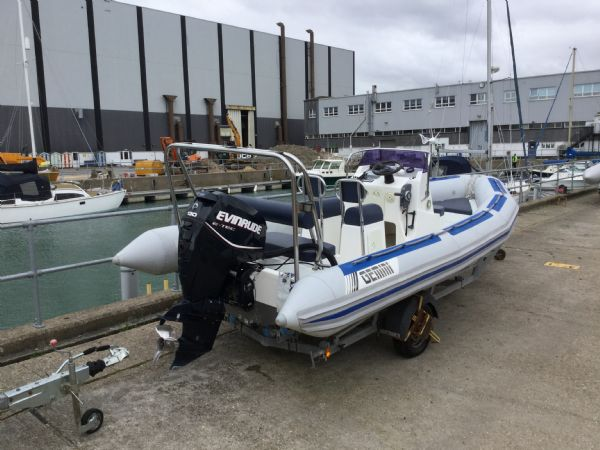 1481 - brokerage - gemini 6.0 mtr rib with etec 130 engine and trailer - aft starboard_l