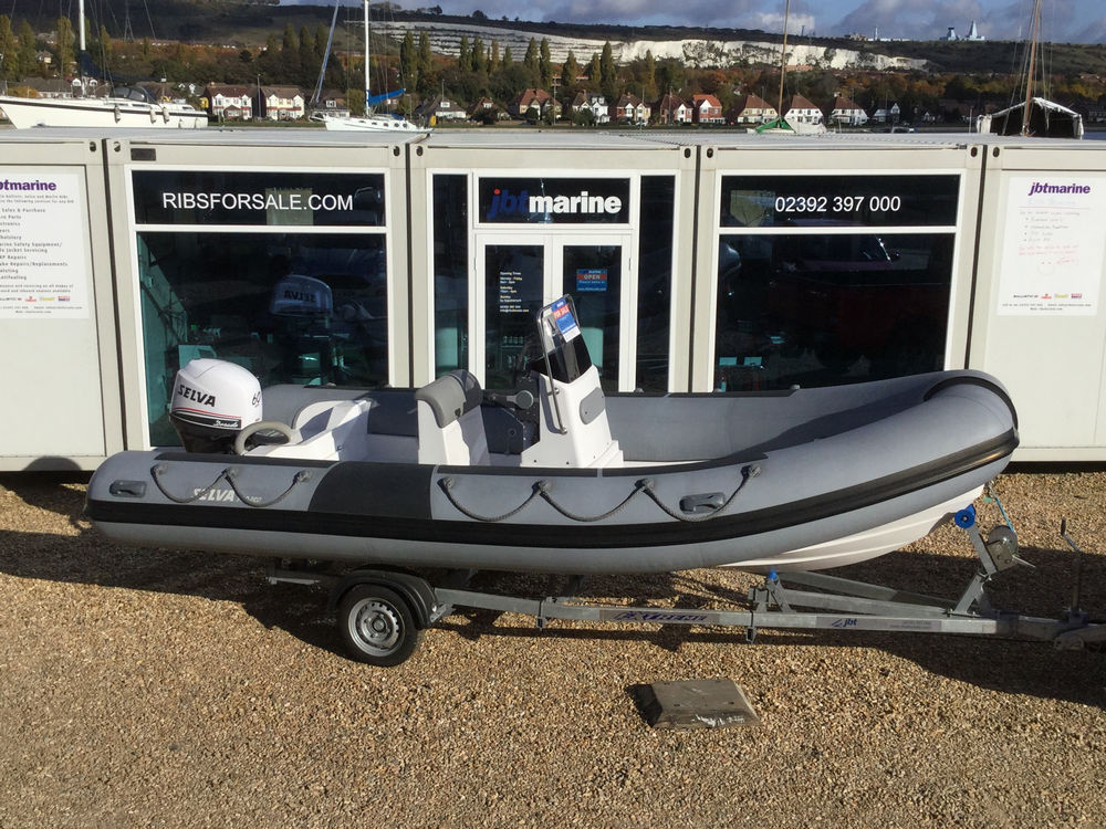 Used Selva 550 RIB with Selva 60HP XSR Ouboard Engine and Trailer - Selva 550