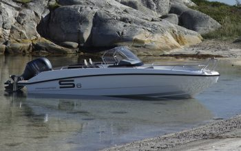 NEW FINNMASTER S6 CONSOLE BOAT WITH A YAMAHA OUTBOARD ENGINE